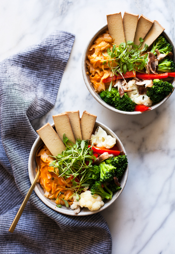 Quick Amp Easy Red Curry Rice Noodle Bowls The Full Helping