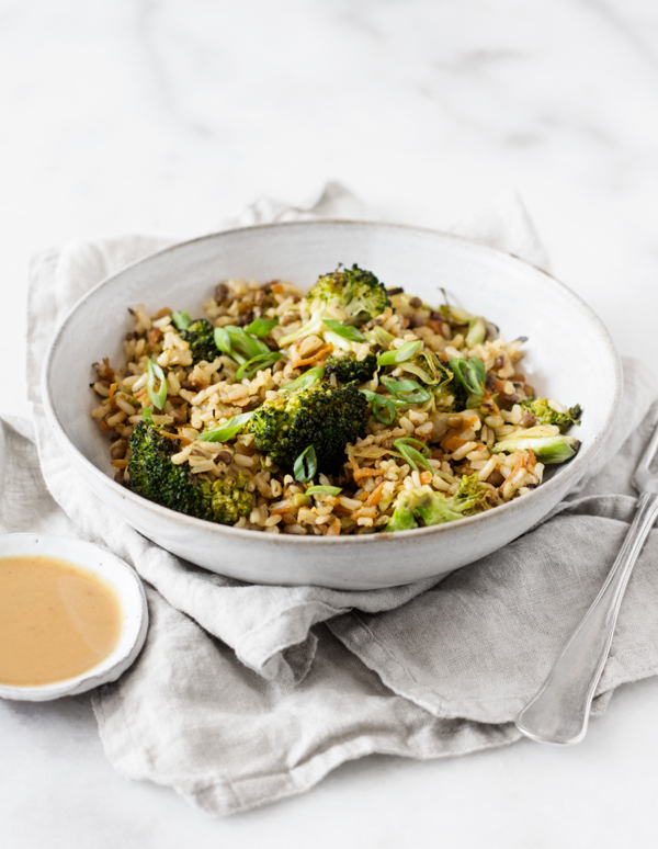 Quick & Easy Brown Rice Lentil Stir Fry with Peanut Butter Sauce | The Full Helping
