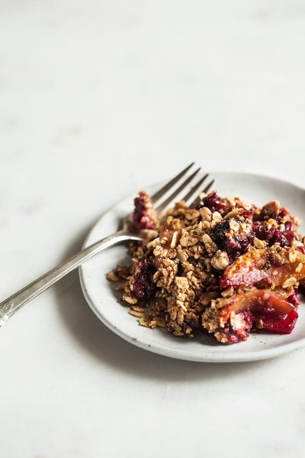 Berry-Peach-Chickpea-Flour-Breakfast-Crisp-5
