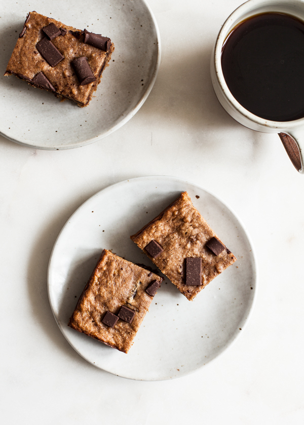 Vegan, Gluten Free Banana Bread Blondies | The Full Helping