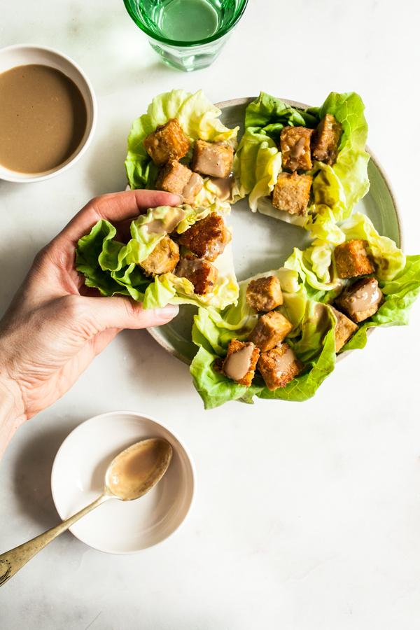 spicy-peanut-tempeh-lettuce-wraps-7