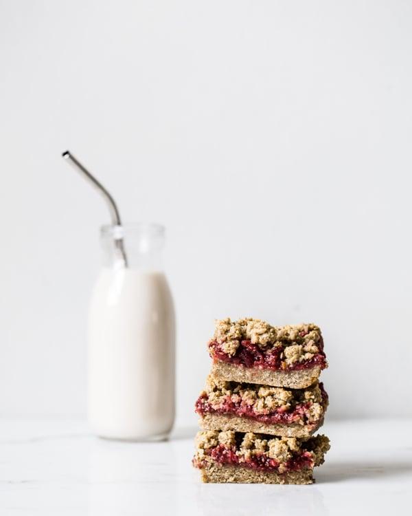 strawb-oat-bars