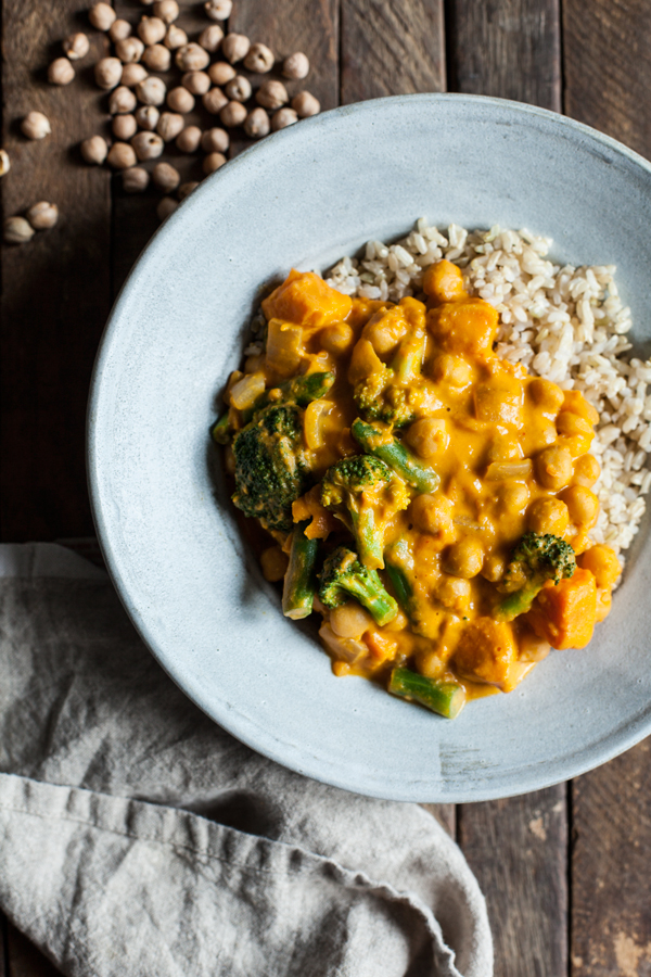 Pumpkin Chickpea Cashew Curry | The Full Helping