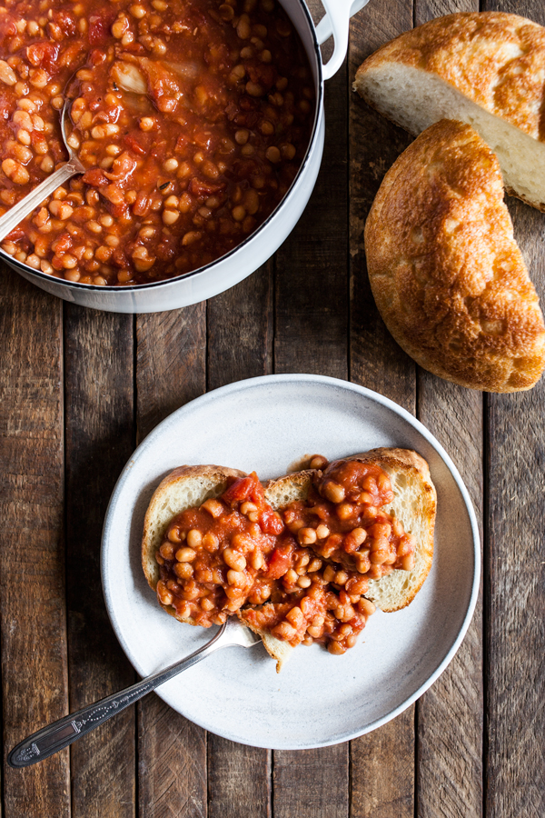 Slow Cooker Tomato White Beans | The Full Helping