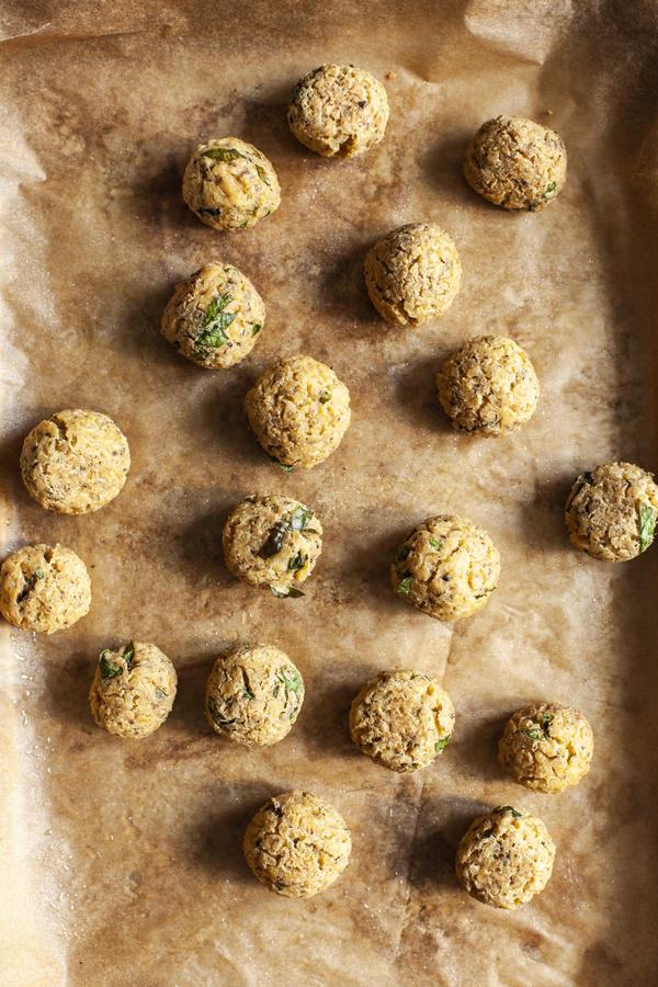 Tofu Bulgur Vegan Meatballs | The Full Helping
