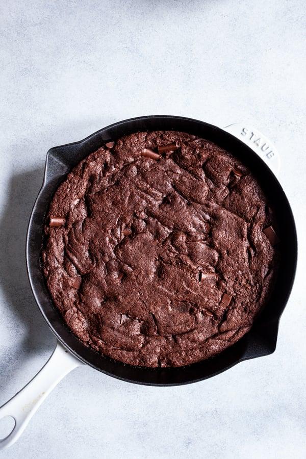 Fudgy Secret Ingredient Vegan Skillet Brownies | The Full Helping