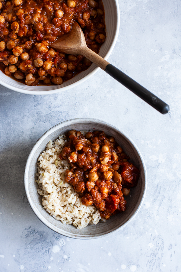 Simple Slow Cooker Chana Masala | The Full Helping