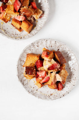 Easy Vegan Strawberry French Toast Casserole