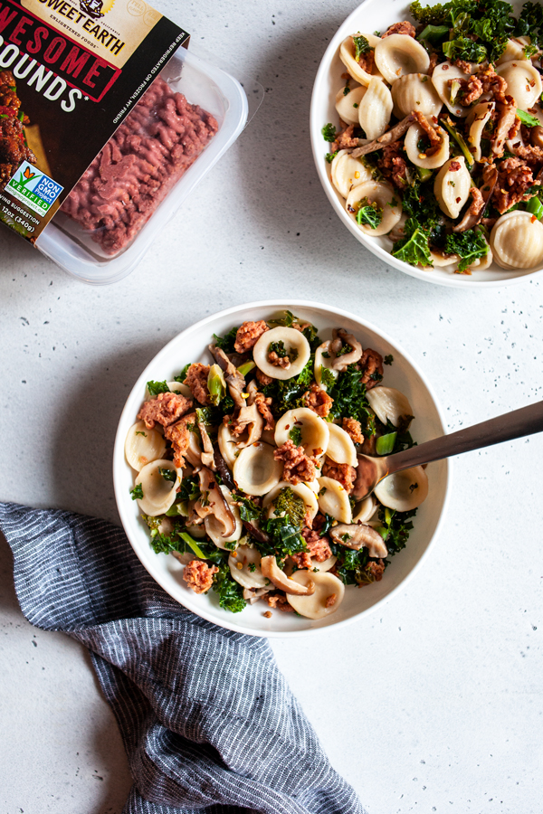 Protein Packed, Awesome Mushroom Kale Pasta | The Full Helping