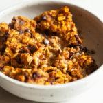 Vegan Pumpkin Chocolate Chip Baked Oatmeal