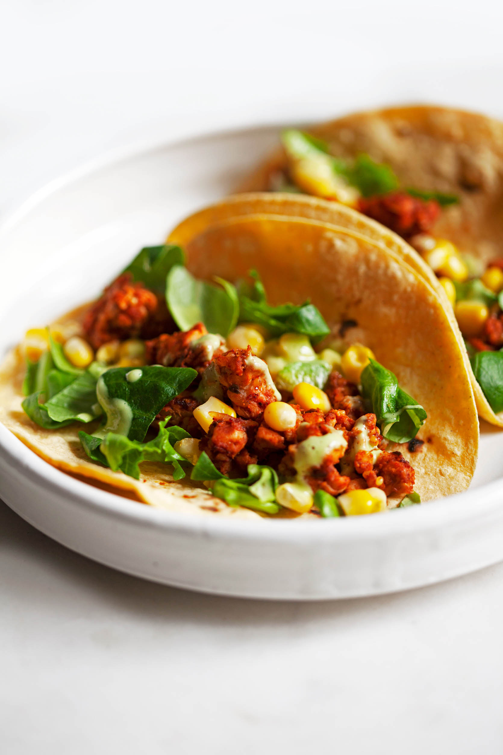 Tangy Chili Lime Tempeh Tacos | The Full Helping