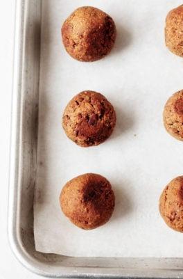 Simple Tempeh Meatballs